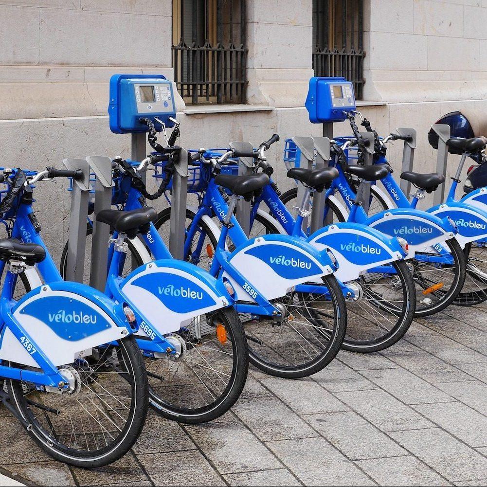 Vélo bleu Nice